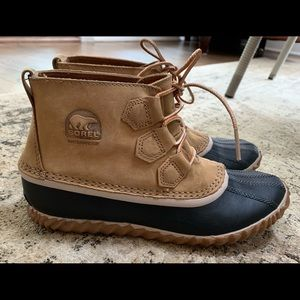 Women's Sorel Out-n-About Boots